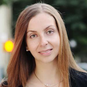 Maria-Konnikova headshot