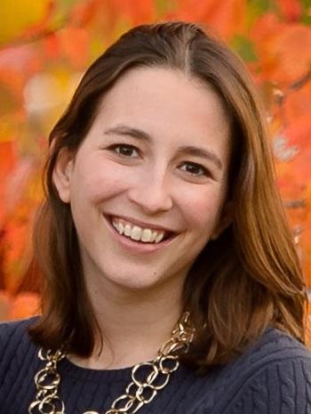 Allison Farrell headshot
