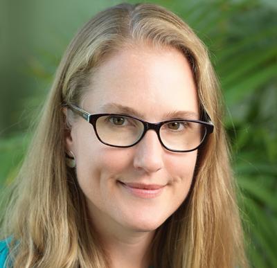 Stephanie Tobin headshot
