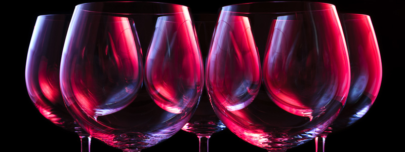 Image of silhouettes of wine glasses